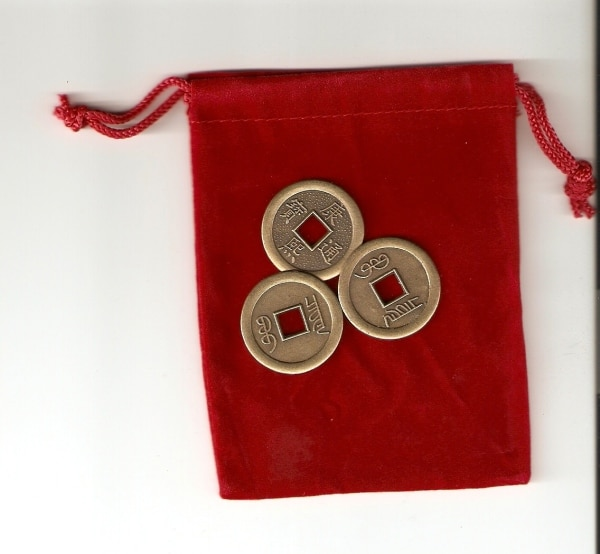 3 Chinese coins I-ching