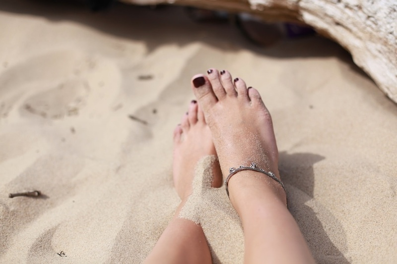 Earthing at the beach