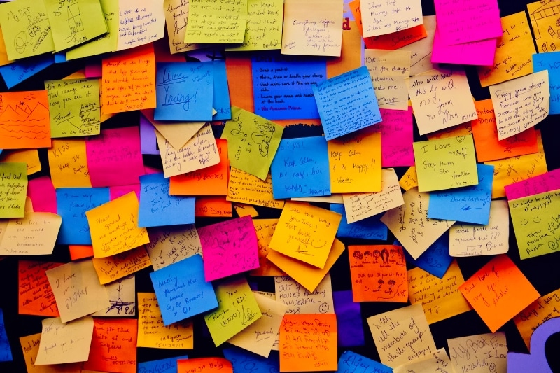 affirmations and mantras post-it